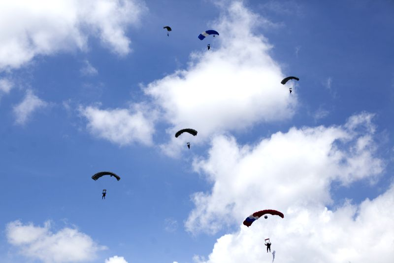 Soldiers of the brigade of paratroopers take part in the Parade in commemoration of 143rd anniversary of the Army of Guatemala, in the barracks Mariscal ...