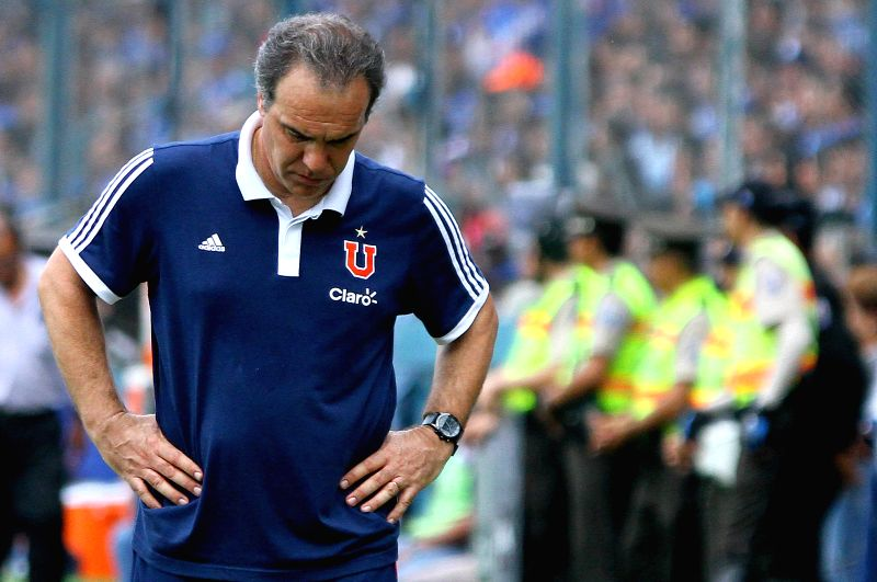 Universidad de Chile's coach Martin Lasarte reacts during the match of Copa Libertadores against Emelec, in the George Capwell Stadium, in Guayaquil, Ecuador, on ...