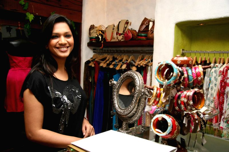 Juhi Babbar and Amisha Khanna Showcase her New Collection at Cypress in Khar.