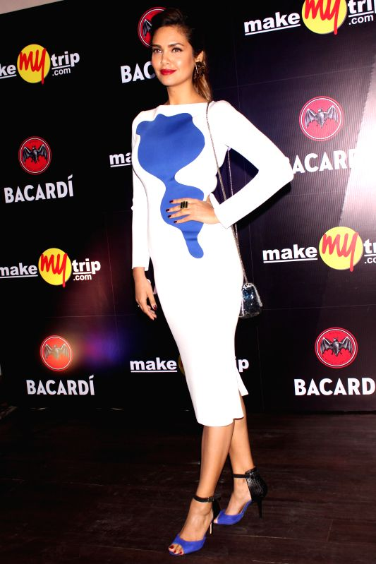 Actress Esha Gupta during BACARDI Goa hangout party at Hard Rock Cafe in Gurgaon, on December 06, 2014. - Esha Gupta