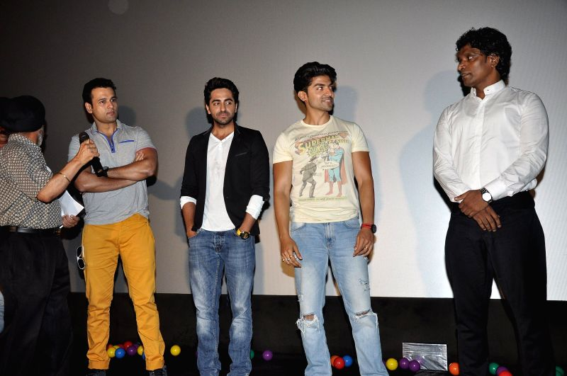 Gurmeet Chaudhary, Ayushman Khurana and Rohit Roy during an an event organised for Thalesaemia patients in Mumbai, on May 4, 2014. - Gurmeet Chaudhary and Rohit Roy