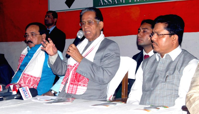 Assam Chief Minister Tarun Gogoi  addresses a press conference at Rajiv Bhawan in Guwahati, on Jan 21, 2015.