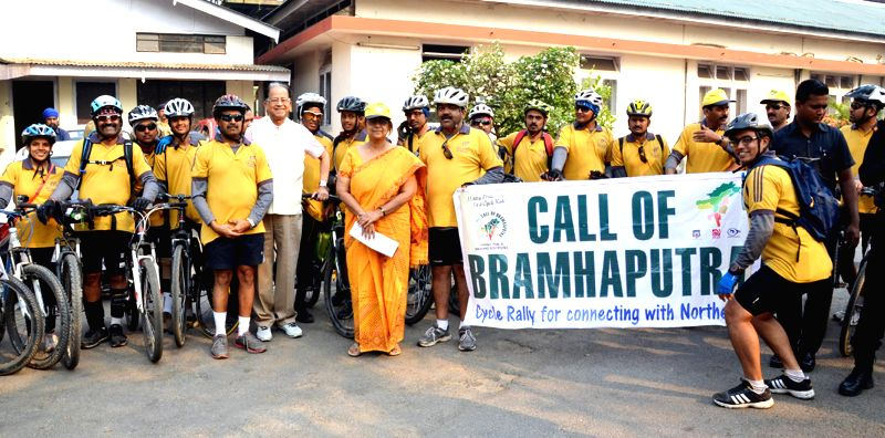 Assam Chief Minister Tarun Gogoi flags-off `Call of the Brahmaputra` - cycle expedition from Guwahati on March 21, 2015. - Tarun Gogoi