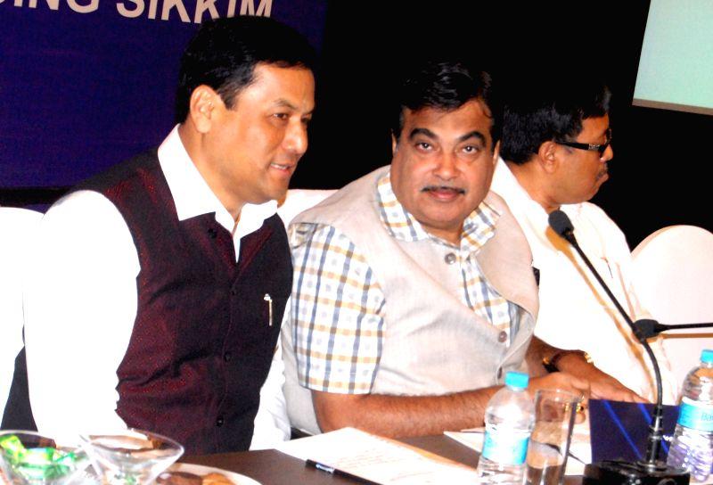 The Union Minister for Road Transport and Highways, and Shipping Nitin Gadkari and Minister of State for Youth Affairs and Sports (Independent Charge), Sarbananda Sonowal during a review ...