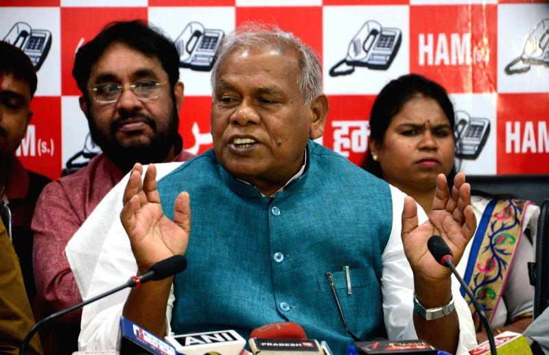 HAM leader Jitan Ram Manjhi addresses a press conference in Patna on Aug 5, 2016.