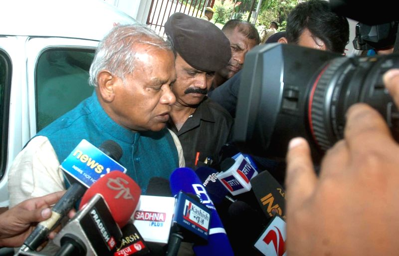 HAM leader Jitan Ram Manjhi talks to press after meeting Bihar Governor Ram Nath Kovind regarding increasing rate of crime at Raj Bhawan in Patna on May 17, 2016. - Nath Kovind