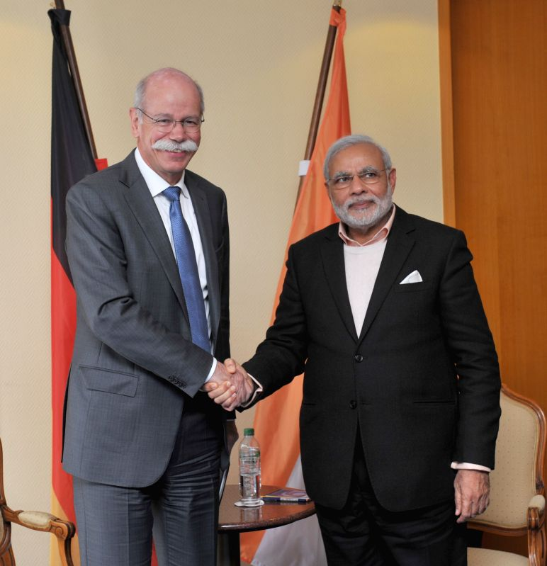 Hannover (Germany): Prime Minister Narendra Modi meets the CEO of Daimler AG Dieter Zetsche, in Hannover, Germany on April 12, 2015. - Narendra Modi