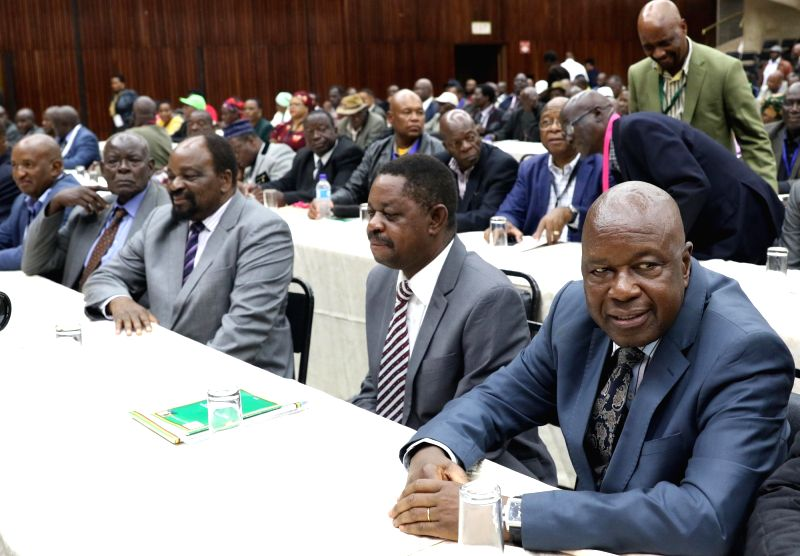 HARARE, Nov. 19, 2017 - Members of Zimbabwe's ruling Zanu-PF party central committee attend a special meeting in Harare, capital of Zimbabwe, Nov. 19, 2017. Zimbabwe's ruling Zanu-PF party on Sunday ...