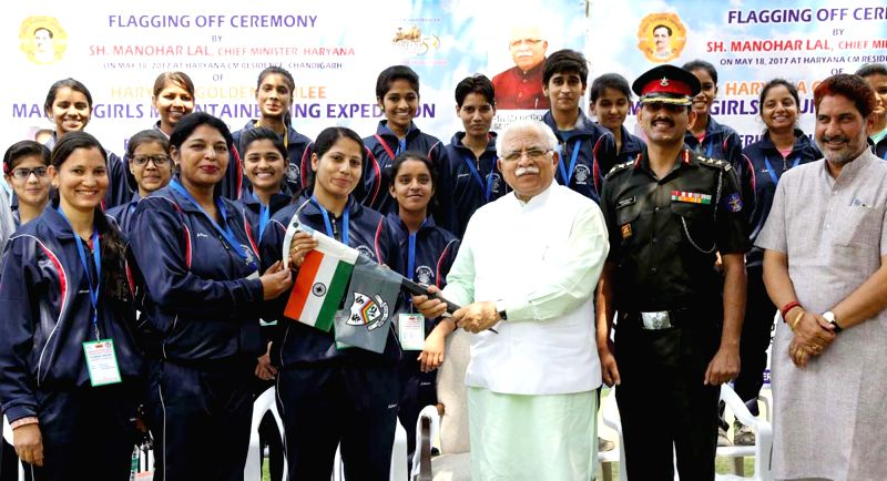Haryana Chief Minister Manohar Lal Khattar flags off Friendship Peak Expedition team of girls  from Chandigarh on May 18, 2017. - Manohar Lal Khattar