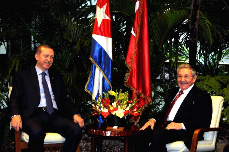 Cuban President Raul Castro (R) meets with his Turkish counterpart Recep Tayyip Erdogan in Havana Feb. 11, 2015. Recep Tayyip Erdogan is the first Turkish president .