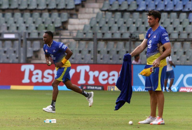 IPL 2018 - Practice session - Chennai Super Kings -  Stephen Fleming, Dwayne Bravo