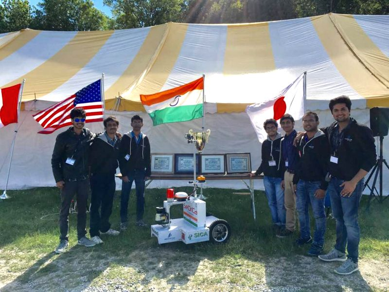 Here the IIT-B Team with their creation, IGV or unmanned ground vehicle.