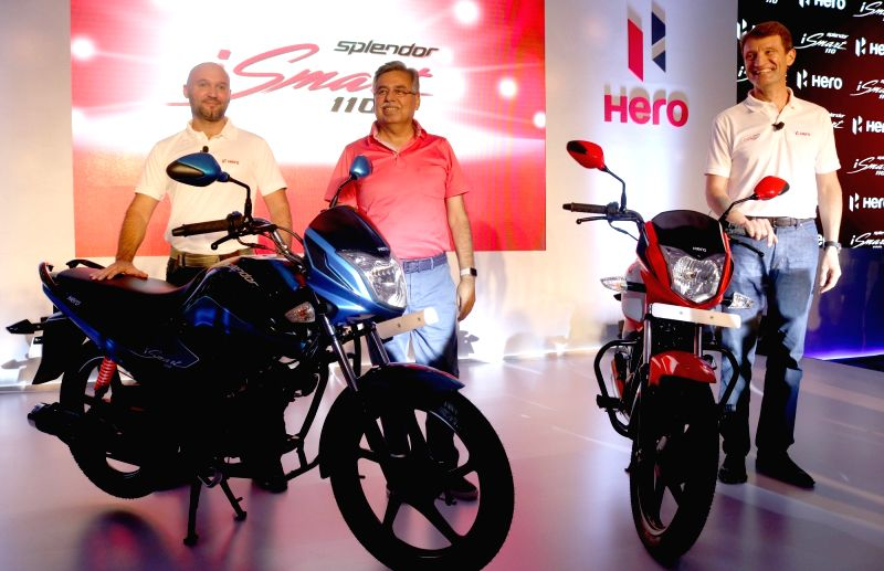 """Hero MotoCorp Chairman, CEO and MD Pawan Munjal at the launch of """"Spender iSamrt  110"""", in New Delhi on July 14, 2016."""
