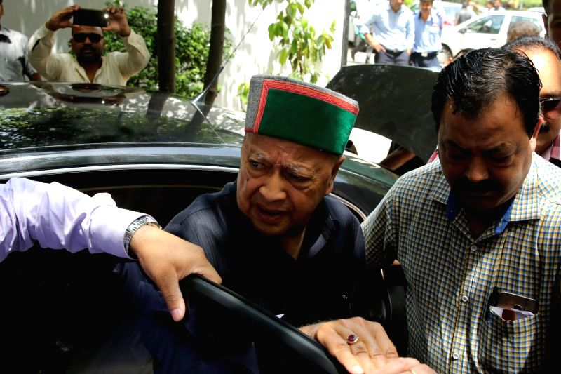 Himachal Pradesh Chief Minister Virbhadra Singh accused in a money laundering case arrives to appear before the Enforcement Directorate in New Delhi on April 20, 2017. - Virbhadra Singh