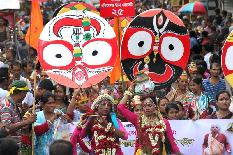 Hindu devotees participate in `rath yatra` (chariot procession) organised in Bangladesh on June 29, 2014. (Photo : bdnews24/IANS)