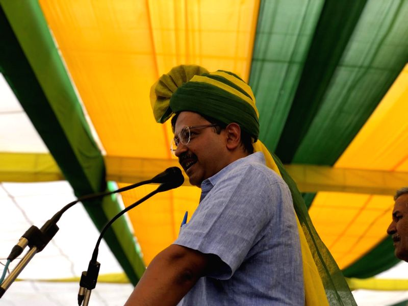 Hisar: Delhi Chief Minister Arvind Kejriwal addresses a public rally in Hisar, Haryana on May 7, 2019. (Photo: Twitter/@AamAadmiParty)