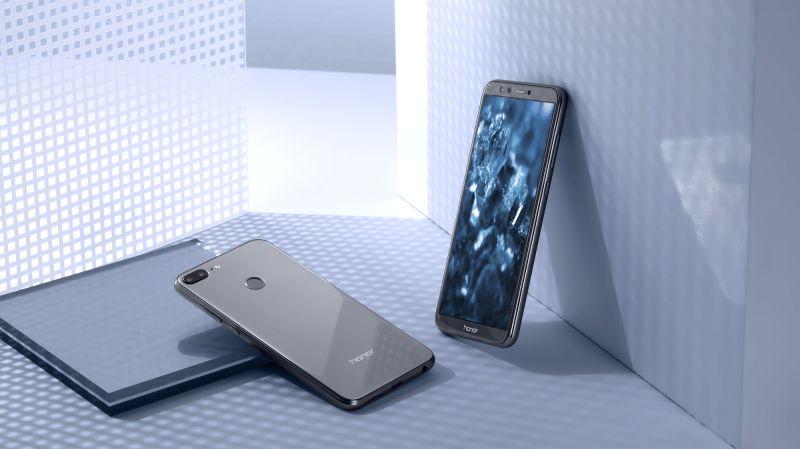 Honor 9 Lite smartphone. (File Photo: IANS)