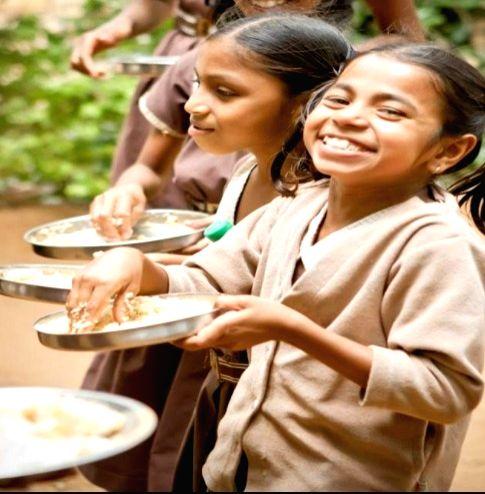 Hot and fresh food for UP Aanganwadi kids