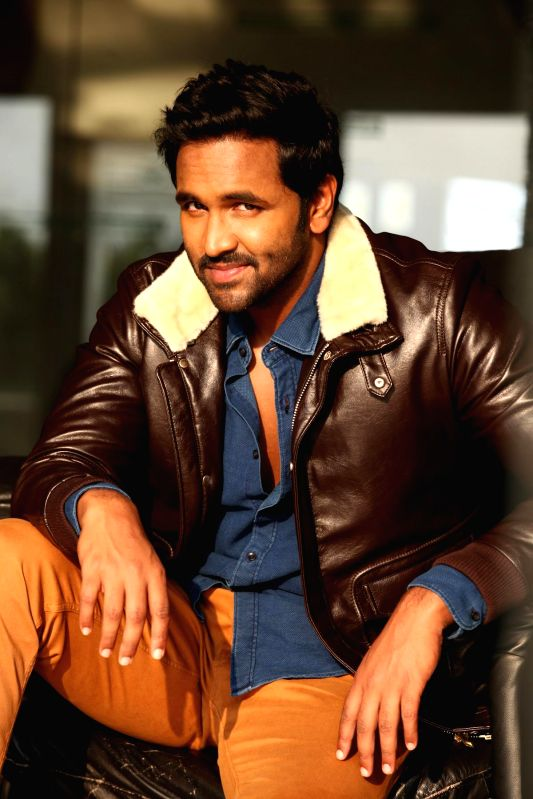 Actor and Producer Vishnu Manchu returned to micro-blogging site twitter.