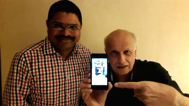 Filmmaker Mahesh bhatt watched the special show of Madhura Sridhar production Ladies & gentleman in hyderabad.