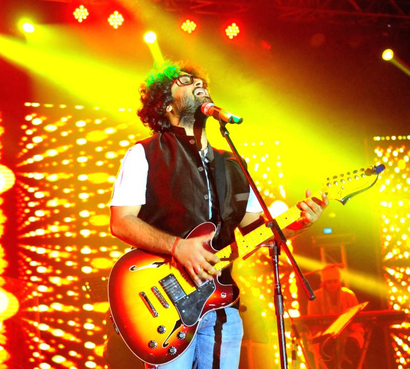 Singer Arijit Singh performs during a concert organised in Hyderabad on Dec. 27, 2014.