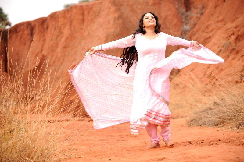Stills of telugu movie Malli Malli Idi Rani Roju