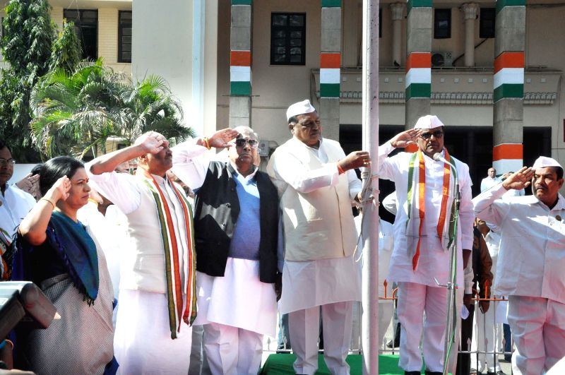 Telangana Congress chief Ponnala Lakshmaiah and other Congressmen during a programme organised on the foundation day of the party in Hyderabad, on Dec 28, 2014.