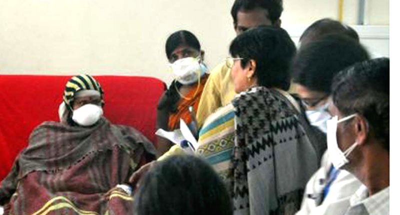 The medical team sent by the central government meets swine flu patients at  Gandhi Hospital in Hyderabad, on Jan 22, 2015.