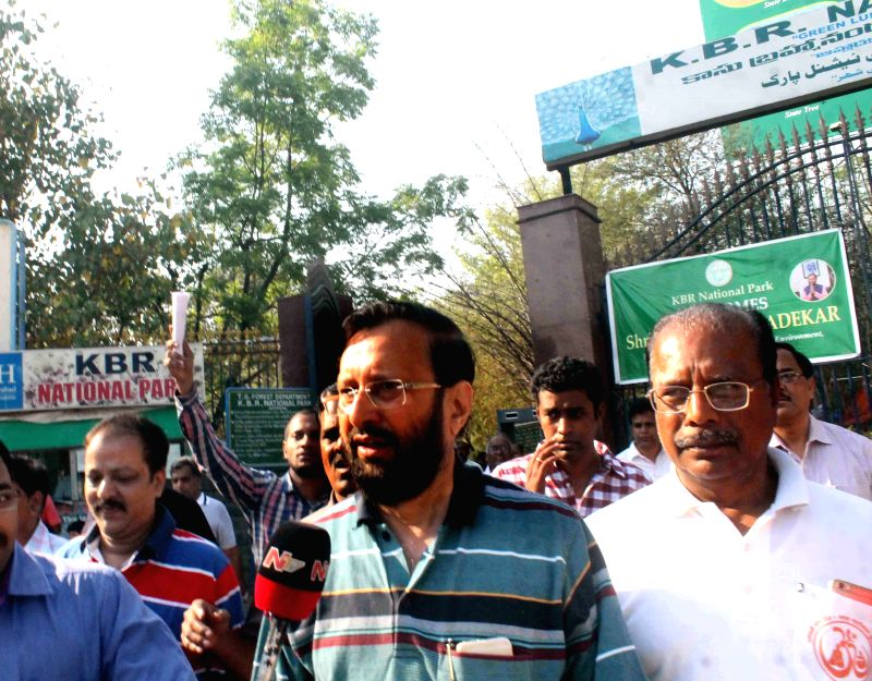 Union Minister of State for Environment, Forest and Climate Change (Independent Charge), Prakash Javadekar visits Kasu Brahmananda Reddy (KBR) National Park in Hyderabad on March 28, 2015. - Kasu Brahmananda Reddy