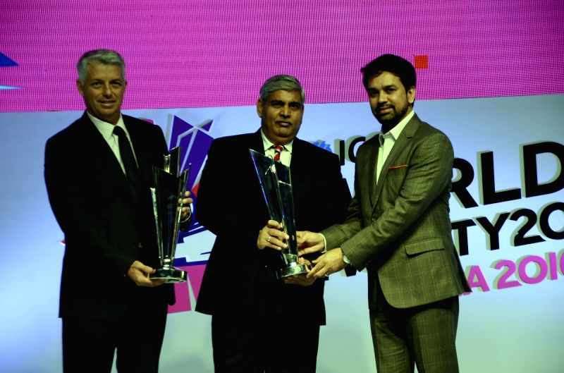 """ICC CEO Dave Richardson, BCCI president Shashank Manohar and BCCI Secretary Anurag Thakur during a programme organised to unveil the trophy of """"ICC World Twenty20"""" in Mumbai, on Dec ..."""
