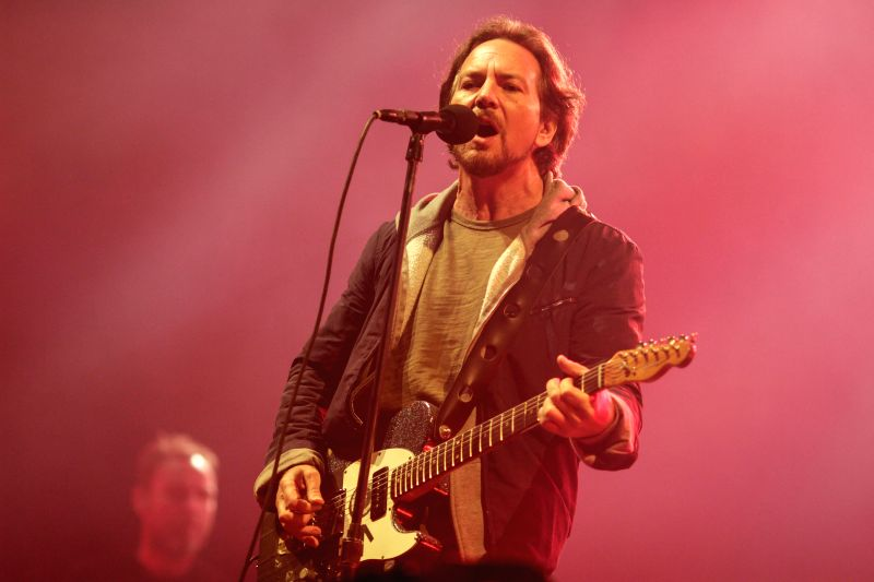 Image taken on Nov. 25, 2015 shows Eddie Vedder, lead singer of the American rock band Pearl Jam, playing a song during the band concert held at Simon Bolivar Park ...