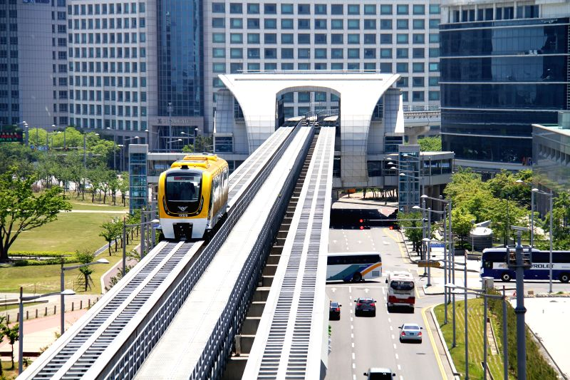 South Korea's first urban maglev train is seen in Incheon, South Korea, May 14, 2014. South Korea on Wednesday unveiled its first ever domestically-developed urban ..