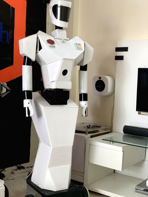 India gears up for robot campaigners in 2022 assembly polls.