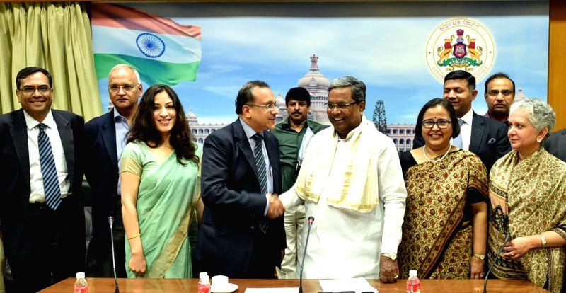 Indian Ambassadors and High Commissioners calls on the Karnataka Chief Minister Siddaramaiah in Bengaluru on June 2, 2016. - Siddaramaiah