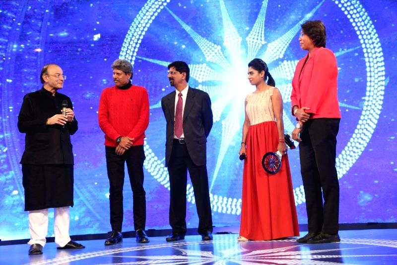 Indian women's cricket captain Mithali Raj and bowler Jhulan Goswami during Indian of the Year 2017 award ceremony hosted by CNN News 18 in New Delhi, on Nov 30, 2017. Special Achievement ... - Mithali Raj, Jhulan Goswami, Arun Jaitley and Kapil Dev