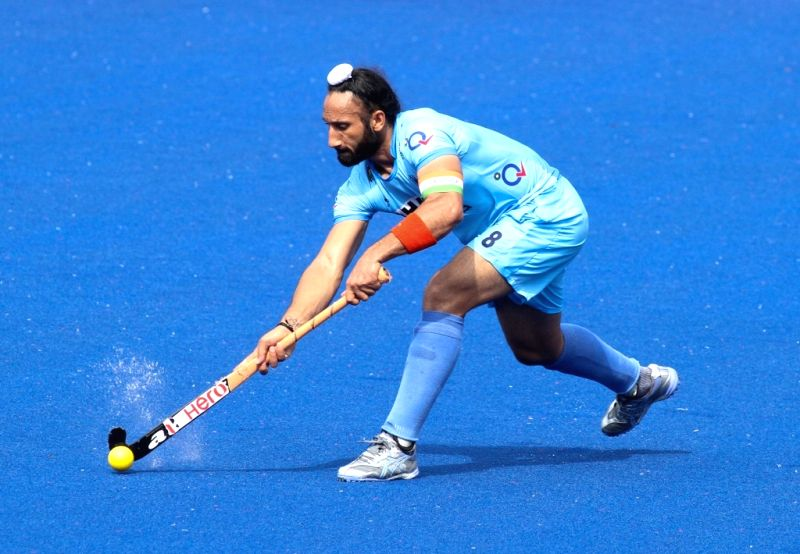 India hockey team captain Sardara Singh in action during the Sultan Azlan Shah Cup 2015 match between India and Canada in Ipoh, Malaysia, on April 9, 2015. - Sardara Singh