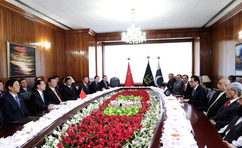 Chinese President Xi Jinping meets with Pakistani Senate Chairman Mian Raza Rabbani and National Assembly Speaker Sardar Ayaz Sadiq, in Islamabad, Pakistan, ... - Sardar Ayaz Sadiq