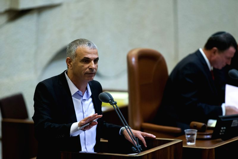 Israeli Finance Minister Moshe Kahlon (L) addresses the state budget vote for 2015-2016 at the assembly hall of the Knesset in Jerusalem, on Nov. 18, 2015. The ... - Moshe Kahlon