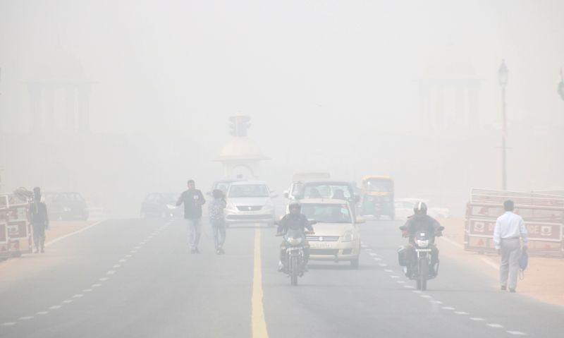 It was a cold and foggy morning in the national capital on Friday with the minimum temperature recorded at 4.8 degrees Celsius, three notches below the season's average. (File Photo: IANS)