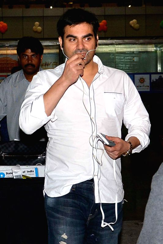 Actor Arbaaz Khan arrives at the Jaipur Airport on Feb 13, 2015.