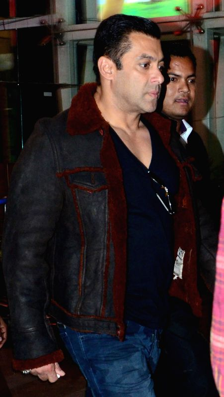 Actor Salman Khan arrives at Sanganer airport in Jaipur, on Jan 4, 2015.