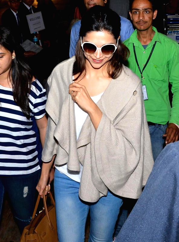 Actress Deepika Padukone arrives at Sanganer Airport in Jaipur, on March 11, 2015.