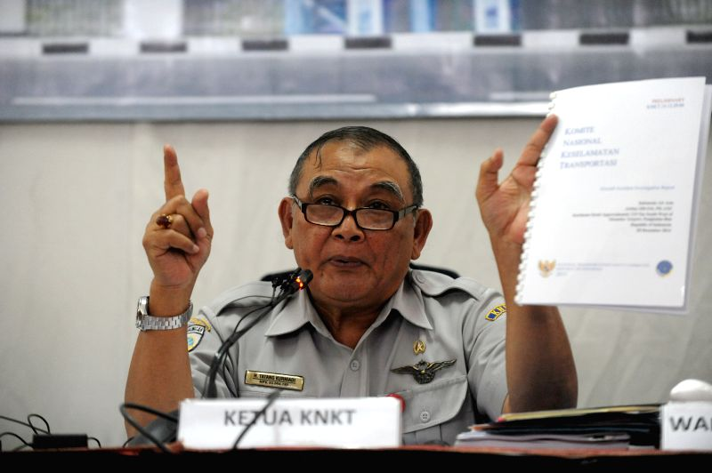 Tatang Kurniadi, head of National Transport Safety Committee (KNKT), speaks during the press conference of preliminary accident report of AirAsia QZ8501 in Jakarta,