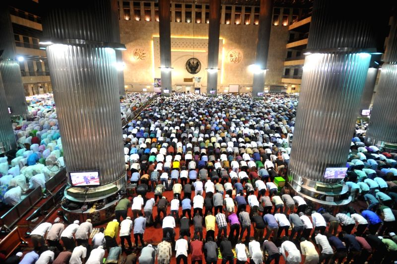 JAKARTA, May 26, 2017 - Indonesian muslims pray on the first day of the holy month of Ramadan at Istiqlal mosque in Jakarta, capital of Indonesia, May 26, 2017.