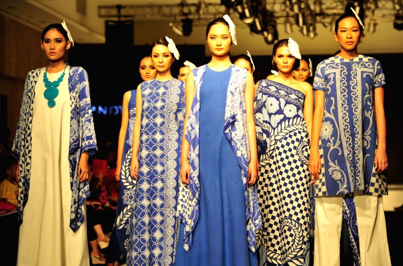 JAKARTA, May 6, 2016 - Models present creations by Handy Hartono from Indonesia during the 13th Jakarta Fashion and Food Festival in Jakarta, Indonesia, May 6, 2016.