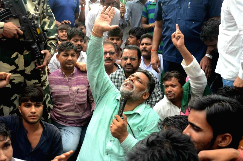 Jan Adhikar Party leader Pappu Yadav stages a demonstration against Bihar Government inPatna on June 7, 2017. - Pappu Yadav
