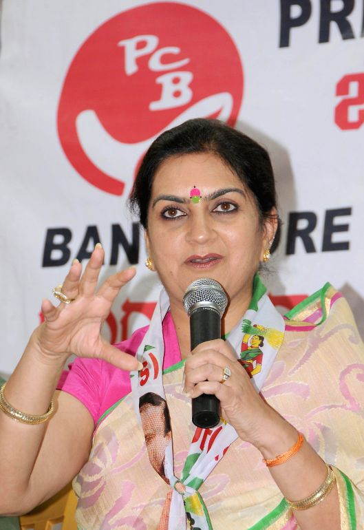 JD(S) for 2014 Lok Sabha Election from Bangalore  Central, Nandini Alva during a press conference in Bangalore on April 15, 2014.