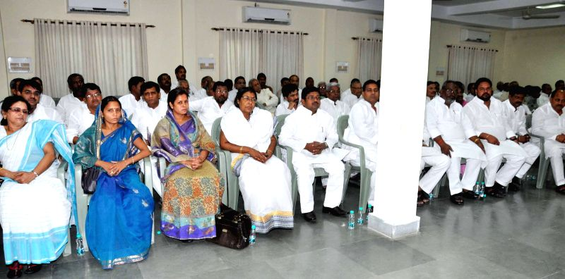 JD-U legislators during legislative party meeting in Patna on May 18, 2014.