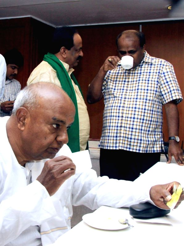 JDS supremo HD Deve Gowda during a party meeting in Bengaluru on Dec 2, 2015.