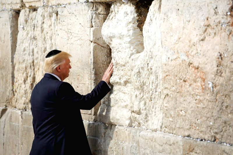JERUSALEM, May 22, 2017 - U.S. President Donald Trump visits the Western Wall in Jerusalem, May 22, 2017. (Xinhua/Nati Shochat-JINI)